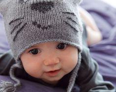 Phildar patroon baby poezenmuts met handschoenen