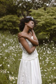 Q&A with contemporary bridal brand, Makatza. Wedding fashion for modern brides. Their collections include wedding dresses, bridal suits and separates. Plus Size Brides, Advice For Bride, Bridal Separates, London College Of Fashion, Girls Dress Up, Bridal Looks, Bridal Collection, Bridal Dresses, Wedding Styles