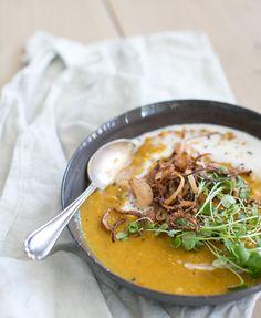 yellow split pea soup with crispy shallots