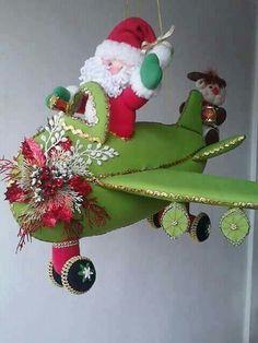 Christmas Diy, Christmas Decorations, Xmas, Christmas Ornaments, Holiday Decor, Santa, Crochet, Cardboard Furniture, Papa Noel
