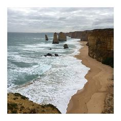 6 hours later we made it to the 12 apostles. Absolutely F R E E Z I N G  #12apostles #scenery #nature by alisabeth__ http://ift.tt/1ijk11S
