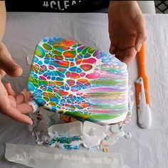 Acrylic Pouring Techniques, Acrylic Pouring Art, Acrylic Art, Pour Painting, Diy Painting, Painting Videos, Creation Art, Diy Resin Crafts, Diy Canvas Art