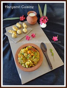 Kannada ootakarnataka meal a sneak peak into karnataka cuisine bajre ki kichdi and besan pinni haryana forumfinder Choice Image