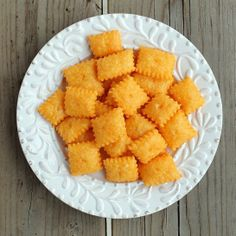 Kid-Friendly Snacks: Homemade Cheddar Cheese Crackers