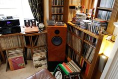 Audio Note UK. Image by Rafe Arnott in Audio-Life.  https://parttimeaudiophile.com/2017/08/12/audio-note-uk-factory-tours-and-life-in-the-fast-lane-with-peter-qvortrup/
