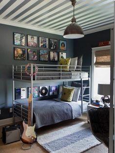 Jugendzimmer Gestalten U2013 100 Faszinierende Ideen   Jungenzimmer Gestalten  Stockbett Teppich Gitarre Dekokissen Modernes Kinderzimmer,
