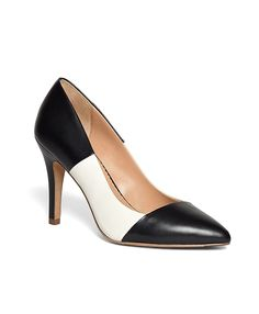Could these two-tone leather pumps be any prettier?