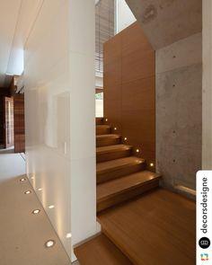 """48 curtidas, 1 comentários - Lima Orsolini Arquitetura (@lima_orsolini_arquitetura) no Instagram: """"Referencia linda de balizadores, luminárias de piso e acabamentos !…"""""""