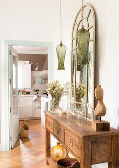 00454982b. Recibidor con consola y espejo y vistas a la cocina_00454982b