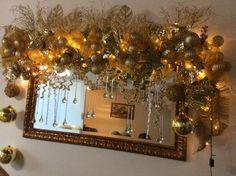 Christmas Tree Storage Bag, Ribbon On Christmas Tree, Christmas Swags, Christmas Mantels, Holiday Wreaths, Christmas Holidays, Holiday Decor, Christmas Articles, Christmas Interiors