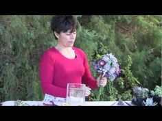 Succulent floral designer Marialuisa Kaprielian shows how to wire succulent rosettes and use them to make a special occasion bouquet. Produced by garden phot. Key West Wedding, Our Wedding, Dream Wedding, Bridesmaid Bouquet, Wedding Bouquets, Art Floral, Floral Wedding, Wedding Flowers, Floral Design Classes