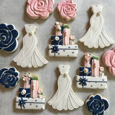 Bridal showers give me all the feels . Cookies Cookie Dough How to DIY Recipes Desserts Chocolate Party Ideas Gifts Wedding Dress Cookies, Wedding Shower Cookies, Iced Sugar Cookies, Royal Icing Cookies, Cute Cookies, Cupcake Cookies, Cake Pops, Wedding Sweets, Birthday Cookies
