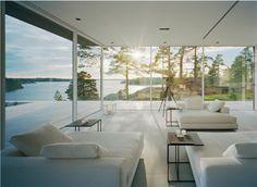 Glass walls <3