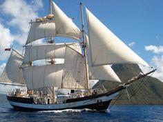 The sail training ship Pelican under full sail in 2010 Sailing Classes, Old Sailing Ships, Full Sail, Vintage Boats, Seafarer, Le Havre, Beautiful Ocean, Tall Ships, Battleship