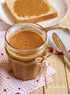 Homemade Peanut Butter - so creamy, tasty and healthy! Even a kid can make it. This could be a fun kitchen activity. Organic Peanut Butter, Homemade Peanut Butter, Good Food, Yummy Food, Tasty, Healthy Snacks, Healthy Recipes, Toddler Meals, Diy Food