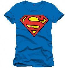 Ve a la cabina más cercana y ponte esta camiseta con el logo de Superman clásico. Una prenda que no puede faltar en tu armario si eres un auténtico fan del hombre de acero.  Fabricada en 100% algodón, tiene licencia oficial y es genial para combinar con cualquier pantalón. Sigue luchando contra los malos en el día a día gracias a esta camiseta de Superman. #camisetas #Superman #cómic