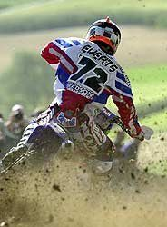 http://www.motorcycledaily.com/wp-content/uploads/2001/08/081401everts.jpgからの画像