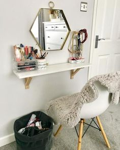 Small space makeup table, vanity wall mount for bathroom, powder room, dressing room. makeup vanity EKBY ALEX Shelf with drawers - white - IKEA Ikea Small Spaces, Small Space Bedroom, Small Bedroom Vanity, Small Bedroom Office, Bedroom Storage For Small Rooms, Small Bedroom Ideas For Couples, Bedroom Vanities, Small Bedroom Furniture, Small Room Decor