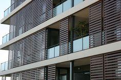 Contraventana corredera / de madera / para fachada - Volets coulissants bois…
