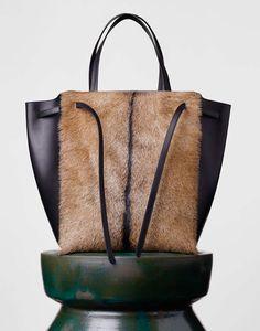 Risultati immagini per borse con pelliccia