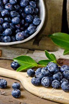 Blueberries photo. #blueberries. Discover all things blueberry at Blueberry-Buzz.com.