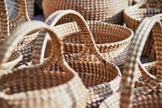 Reed baskets being sold in Downtown Charleston, SC Sweetgrass baskets. Charleston South Carolina, Charleston Sc, Southern Charm, Southern Style, Folly Beach, Low Country, Best Cities, Basket Weaving, Great Places