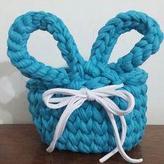 Falta muito para a páscoa?? #fiodemalha #coelho #pascoa #crochet #chocolate