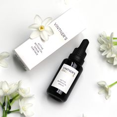 Summer Skin Saviour! Formulated from the world's most nutrient dense whole plants, Vintner's Daughter Active Botanical Serum contains over 60 skin-beautifying actives including brightening vitamins, free-radical fighting antioxidants, balancing minerals, nourishing fatty acids and healing phytonutrients. Your year-round skin care solution✨