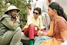 Nishikant Dubey Movie Reviews : Nishikant Dubey watching - Manjhi (The Mountain Man) - Official Trailer HD | Starring Nawazuddin