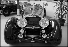 """HORCH Oldtimer - photographed in unfortunately closed Museum """"Rosso Bianco"""" in Aschaffenburg (Bavaria)"""