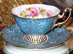 ROYAL ALBERT GOLD GILDED CHINTZ PINK ROSES TURQUOISE Wide TEA Cup and Saucer