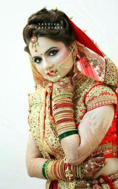 Angel Indian Bride Poses, Indian Bridal Photos, Indian Wedding Poses, Indian Wedding Couple Photography, Indian Bridal Makeup, Bride Photography, Bride Indian, Bridal Poses, Bridal Photoshoot