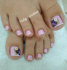 Floral pattern nails step by step French Pedicure, Pedicure Nail Art, Pedicure Designs, Toe Nail Designs, Nail Polish Designs, Pretty Toe Nails, Cute Toe Nails, Gel Nails, Toenails