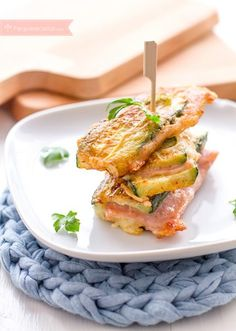 Cheese and ham zucchini Other Recipes, Vegetable Recipes, Vegetarian Recipes, Kids Meals, Easy Meals, Zucchini, Healthy Recepies, Healthy Food, Baby Food Recipes
