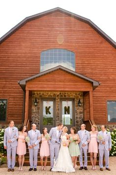 Loving this preppy wedding party {Photo by Katelyn James Photography via Project Wedding}