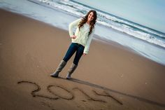 Senior Picture Ideas for Girls On the Beach | English (US)