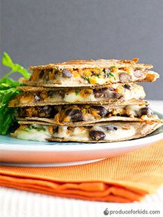 Sweet Potato & Black Bean Quesadillas - The sweet and savory filing in this quesadilla makes it the perfect vegetarian dish. Add spinach, peppers or onions for extra veggies. #PowerYourLunchbox @produceforkids