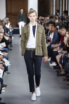safari, utility, jacket   Officine Generale Spring 2017 Menswear Fashion Show