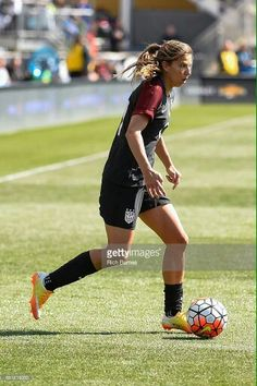 Tobin Heath 04.10.16