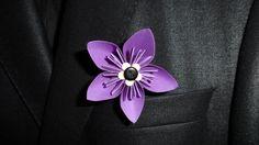 Boutonnière originale en origami - fleurs en papier - assortie à votre bouquet
