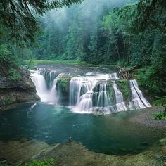 Lower Lewis River Falls, Washington, USA.