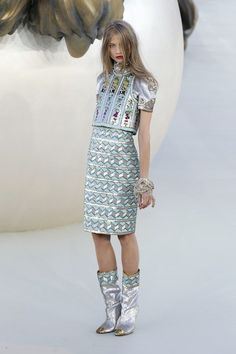 Chanel Haute Couture Roars Down The Runway: Frocks, Color And Statement Coats For Fall 2010   | StyleCaster