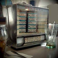 Juke box Music Hits, Wall Boxes, Good Ole, Record Player, Audio Equipment, The Good Old Days, Jukebox, Childhood Memories, Cool Stuff