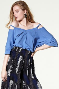 Layla Cutout Coldshoulder Tee Discover the latest fashion trends online at storets.com