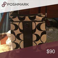 Cross body Coach bag Black, small purse, adjustable strap, good condition Coach Bags Crossbody Bags