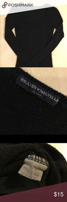 🎁🎁 Brandy Melville Sweater/Top Brandy Melville Thin Sweater. In good condition. One Size Fits Most, but fits like an size XS/S. Brandy Melville Tops