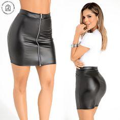 La sensualidad que realza tu look una falda black shine. Haz clic en la imagen y compra online>>> Leather Skirt, Skirts, Fashion, Shopping, Vestidos, Underwear, Women, Moda, Skirt