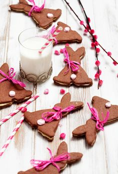 chocOlate bunny biscuits with mascarpone cream