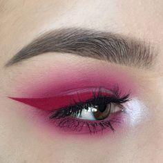 Red eyeliner