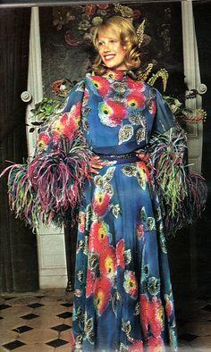 1974 Jours de France-Autumn fashion